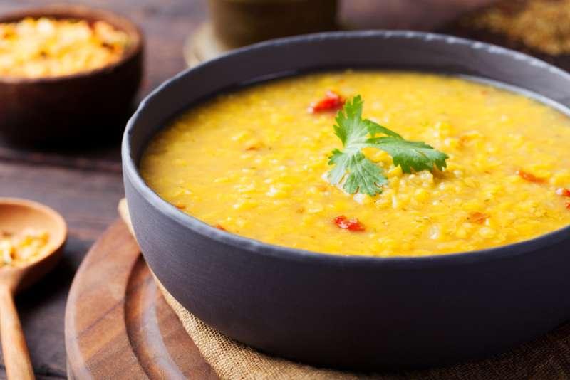 imagen plato con sopa de olluco